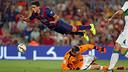 Marc Bartra in action against Elche / PHOTO: MIGUEL RUIZ - FCB