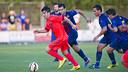 Joel Huertas en un partido de pretemporada con el Barça B / FOTO: VÍCTOR SALGADO - FCB