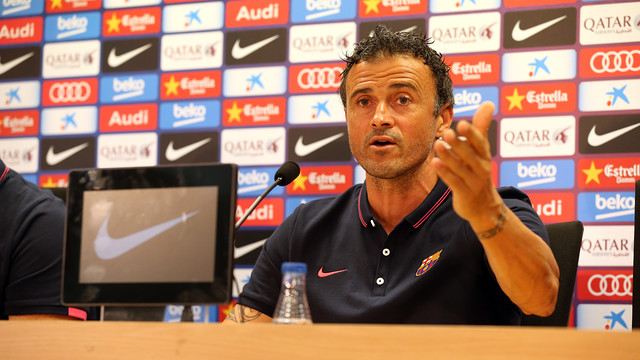 http://media4.fcbarcelona.com/media/asset_publics/resources/000/121/464/size_640x360/pic_2014-09-20_ENTRENO_47.v1411218284.JPG