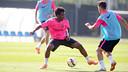 Kaptoum y Pol Calvet, en el último entrenamiento de la semana pasada / FOTO: MIGUEL RUIZ - FCB
