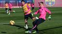 Marc-André Ter Stegen and Munir El Haddadi go through drills on Thursday morning / PHOTO: MIGUEL RUIZ - FCB