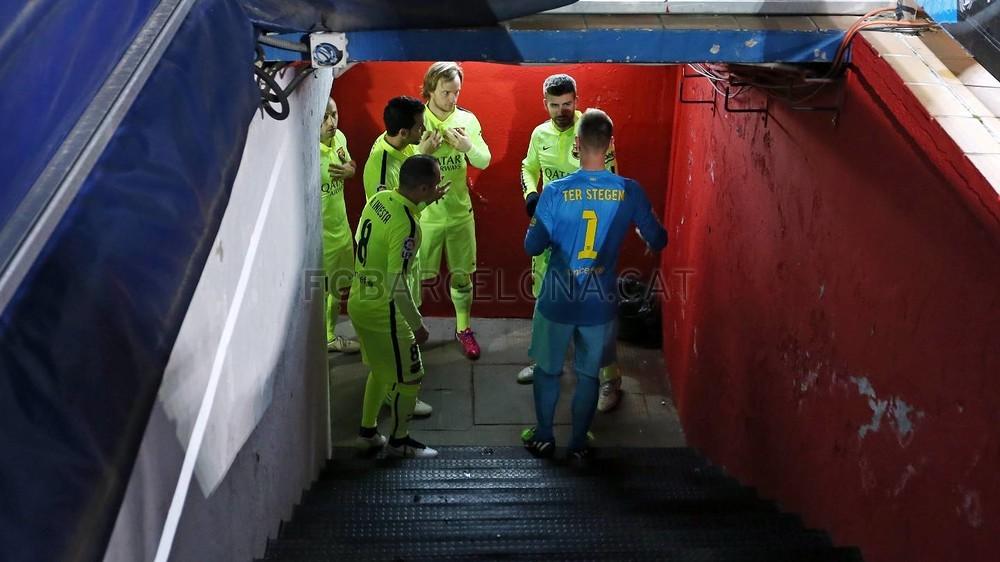 صور : مباراة أتليتيكو مدريد - برشلونة 2-3 ( 28-01-2015 )  Pic_2015-01-28_OTRO_ATLETICO-BARCELONA_11-Optimized.v1422550579