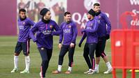 O time principal FCB voltou aos treinamentos após uma rodada de descanso