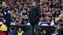 Luis Enrique watching from the sideline during Sunday's 5–2 win in Bilbao. /MIGUEL RUIZ-FCB