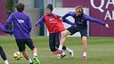 Neymar Jr and Rakitic training on Saturday morning at the Ciutat Esportiva. / MIGUEL RUIZ-FCB