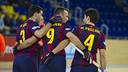 Gual, Panadero y Matías Pascual celebran uno de los cinco goles del Barça / VÍCTOR SALGADO - FCB
