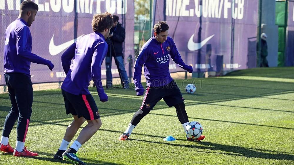 تدريبات برشلونة تشهد غياب ألبا 2015-02-22_ENTRENO_24-Optimized.v1424606336