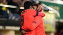 Neymar Jr and Luis Suárez embrace after Barça's third goal at El Madrigal. / MIGUEL RUIZ - FCB