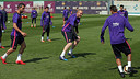 Jérémy Mathieu, the hero at Vigo, trains on Monday morning. / MIGUEL RUIZ-FCB