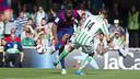 Adama shoots during Barça B's 2–1 loss to Betis on Sunday at the Miniestadi. / VÍCTOR SALGADO-FCB