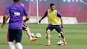 Dani Alves has received medical clearance / MIGUEL RUIZ-FCB