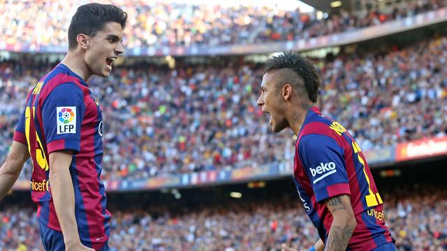 Bartra e Neymar celebrando o primeiro gol diante da Real Sociedad
