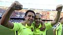 Xavi and Iniesta celebrate the league title last Sunday in the Vicente Calderón / MIGUEL RUIZ - FCB