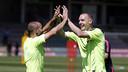 Mathieu et Mascherano, pendant l'entrainement de mardi / MIGUEL RUIZ-FCB