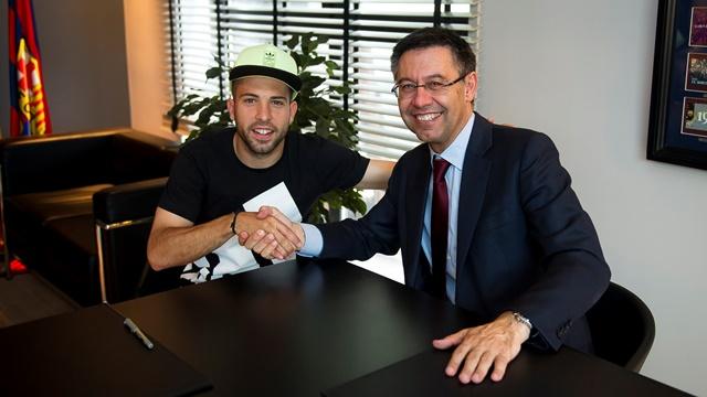 Хорди Альба и Педро продлили контракты с Барселоной - изображение 1