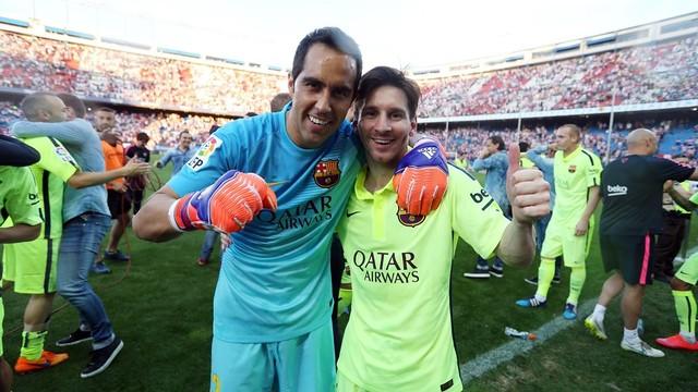 Bravo and Messi / MIGUEL RUIZ-FCB