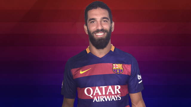 Arda Turan has already tried on the FC Barcelona shirt / FCB