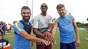 Arda Turan and Gerard Piqué pose with Kobe Bryant in Los Angeles. / MIGUEL RUIZ-FCB
