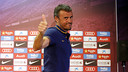Luis Enrique leaves the press room following Friday's date with the media at the Ciutat Esportiva. / MIGUEL RUIZ - FCB
