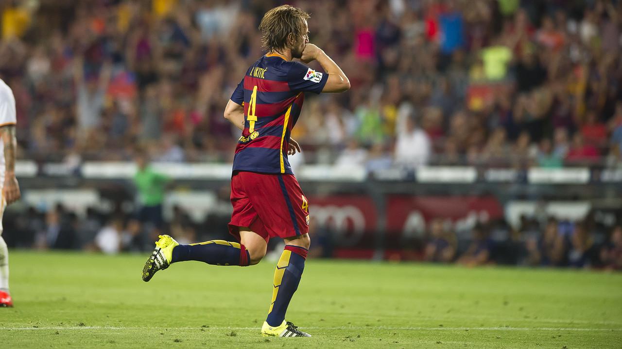 Rakitic was a key player on Barça's 2014/15 treble-winning team. / VÍCTOR SALGADO-FCB