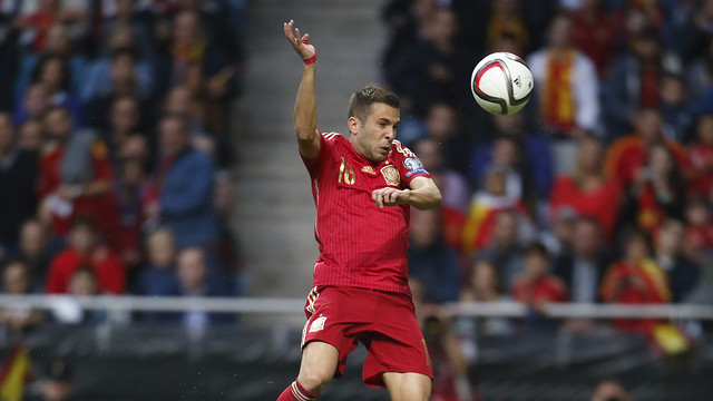 Jordi Alba and three of his Barça teammates could all see action against Luxembourg. / SEFUTBOL.COM