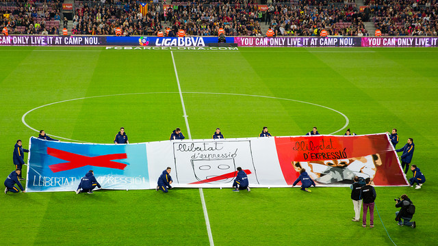 Banner in favour of freedom of expression / GERMÁN PARGA - FCB