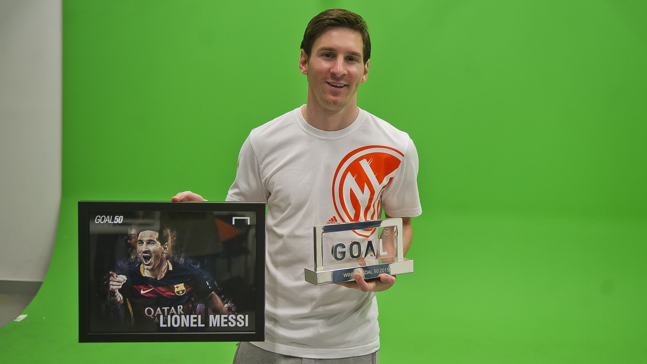 Leo Messi, with the Goal 50 / VICTOR SALGADO - FCB