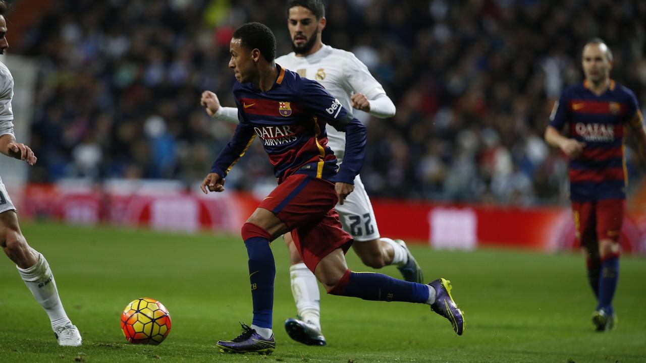 Neymar during the game at Bernabéu / Tom Griffith - FCB