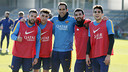 From left: Jordi Alba, Munir El Haddadi, Claudio Bravo, Arda Turan and Marc Bartra, the winners of Monday's training session game. / MIGUEL RUIZ - FCB