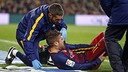 Jordi Alba injured his right leg in the second half on Sunday night. / MIGUEL RUIZ-FCB