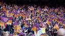 FC Barcelona supporters at Camp Nou / MIGUEL RUIZ - FCB